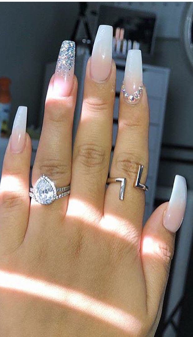 48 Cool Acrylic Nails Art Designs and Ideas to carry your