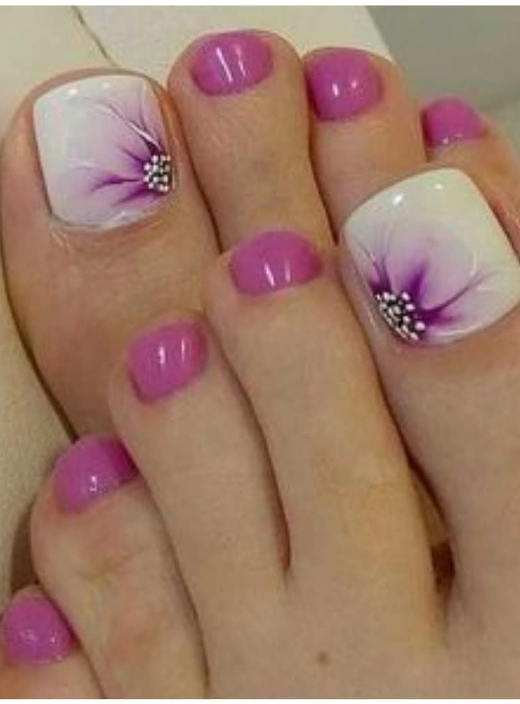 38-adorable-toe-nail-designs-for-this-summer-pedicure-nailart-2019