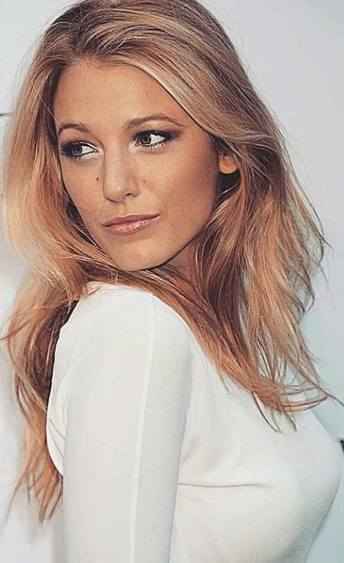 awesome-blake-lively-funny-and-stylish-beauty-pictures-and-photos-2019