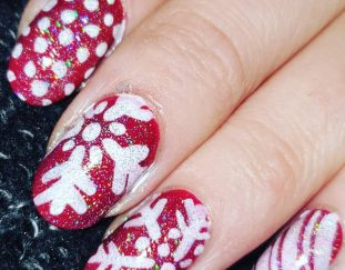 36-christmas-awesome-nails-design-and-decoration