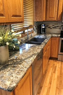 awesome-and-useful-quartz-kitchen-countertops-design-ideas