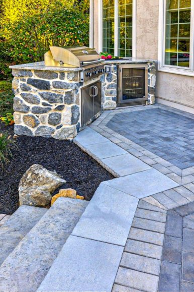 44-fabulous-concrete-patio-ideas-for-your-backyard