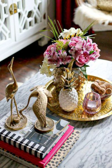 65-lovely-coffee-table-decor-design-ideas-for-living-room